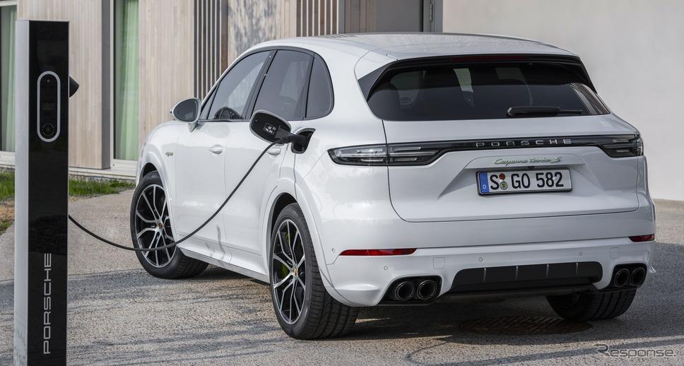 ポルシェ・カイエンターボ S Eハイブリッド《photo by Porsche》
