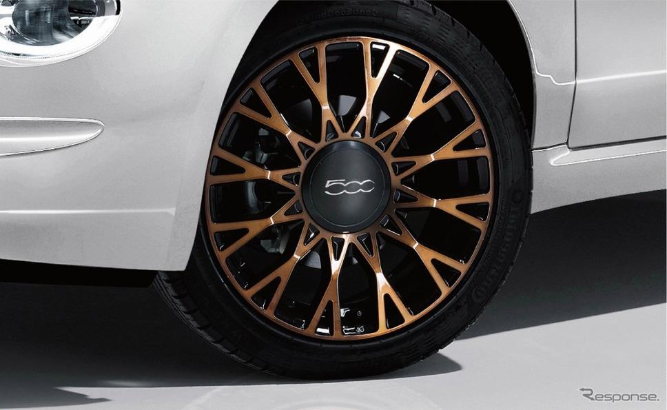 ブロンズのクロスメッシュデザインを採用した専用16インチアルミホイール