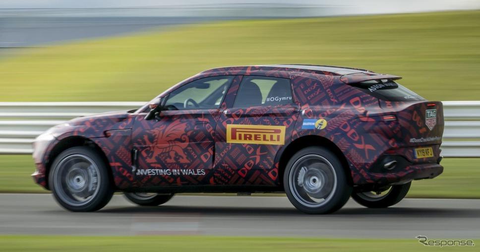 アストンマーティン DBX のプロトタイプ《photo by Aston Martin》