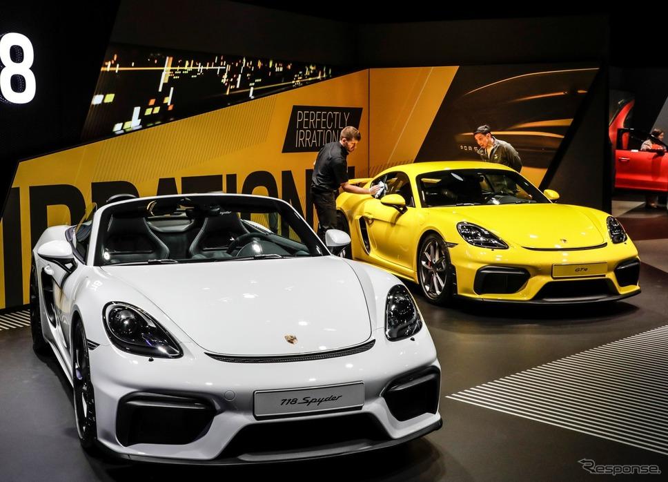 ポルシェ 718 スパイダー と 718 ケイマン GT4(フランクフルトモーターショー2019)《photo by Porsche》
