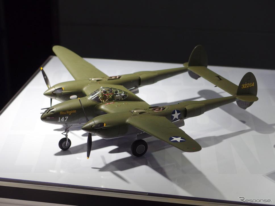 タミヤ:1/48 ロッキードP-38F/Gライトニング《撮影 高木啓》