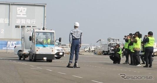 今年3月のトーイングトラクター自動走行テストの様子《画像:豊田自動織機》