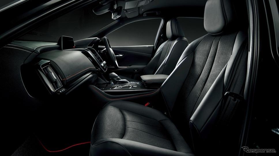 トヨタ クラウン S スポーツスタイル(2.5Lハイブリッド)《画像:トヨタ自動車》