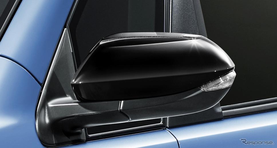 スペイド 特別仕様車 F グランパー ドアミラーカバー《画像:トヨタ自動車》