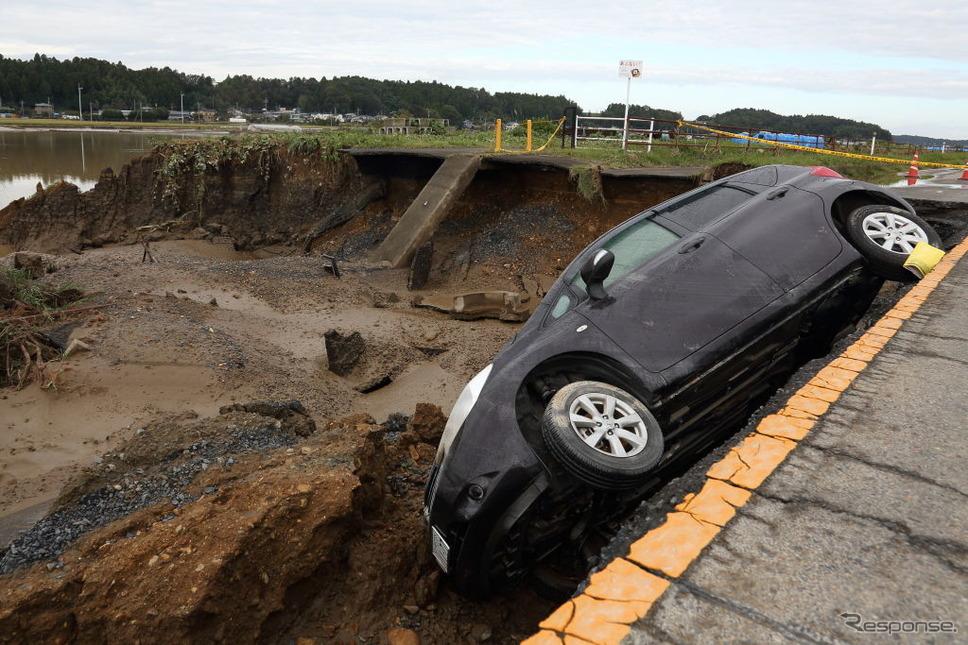 台風19号の被災状況(10月15日、茨城県水戸市)《photo (c) Getty Images》