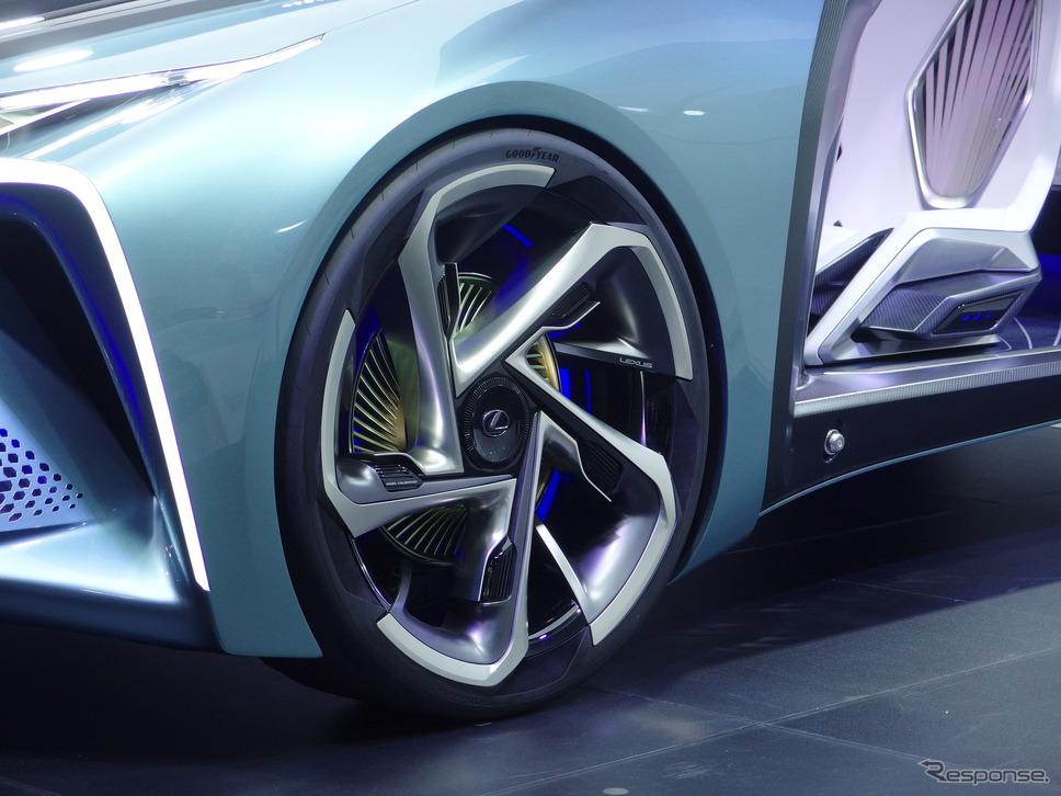 グッドイヤー、レクサスLF-30 Electrified専用タイヤ(東京モーターショー2019)《撮影 高木啓》
