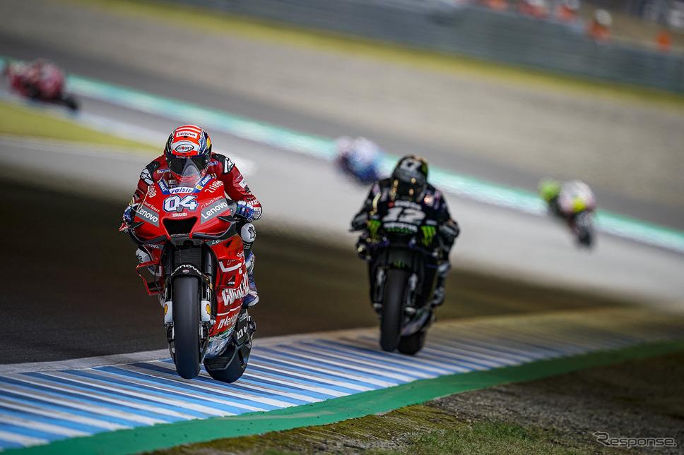 第16戦日本GPで、3番手を激しく争いったドヴィツィオーゾとビニャーレス《提供 Ducati》