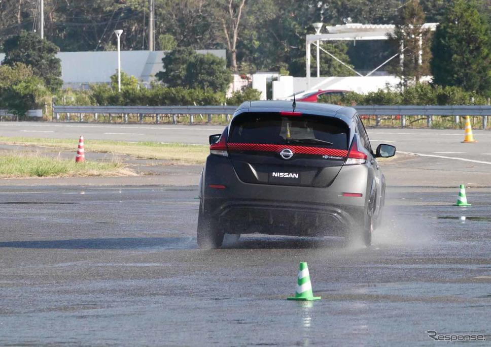 日産の新型電動SUV『アリア』に搭載される4輪制御技術のプロトタイプ車両《撮影 中村孝仁》