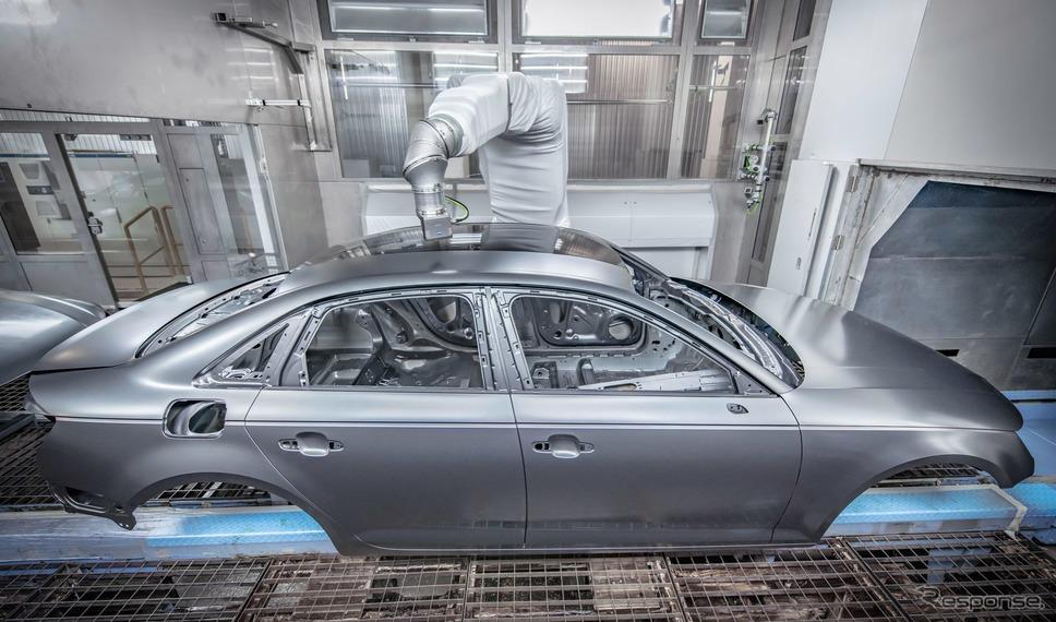 アウディが導入した「オーバースプレーフリー塗装」《photo by Audi》