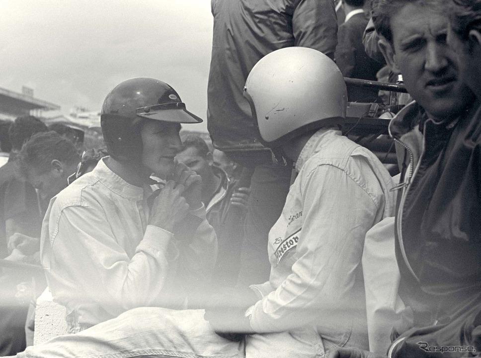 1966年ルマンでのマイルズ(向かって左)とブルース・マクラーレン。《photo by Ford Motor》