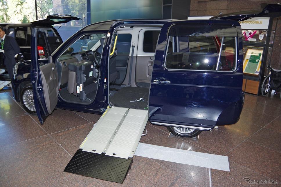 トヨタ ジャパンタクシー(JPN TAXI)一部改良車。車いす乗降性が改善した《撮影 宮崎壮人》