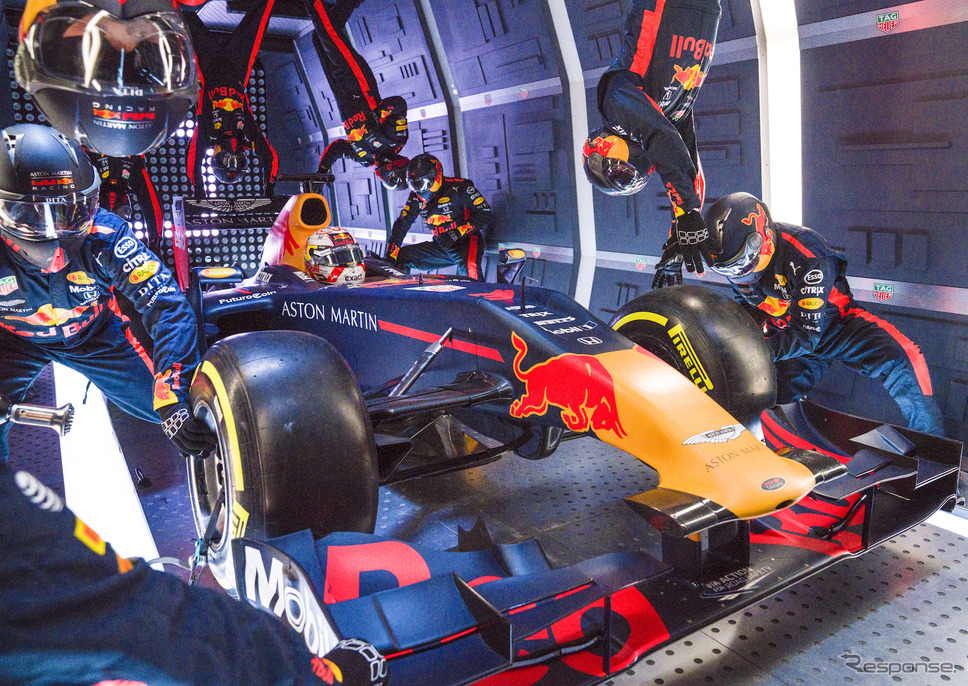 """レッドブルが""""無重力下でのF1ピットストップ""""にチャレンジ。《写真提供 Red Bull》"""