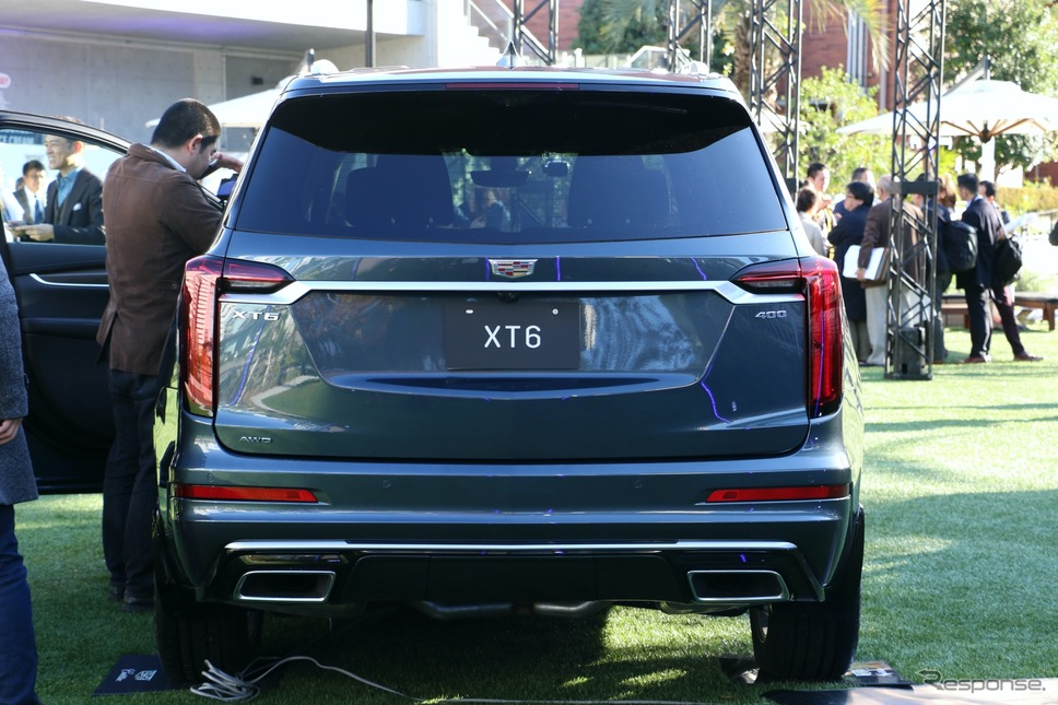 キャデラック XT6プラチナム《画像:ゼネラルモーターズ・ジャパン》