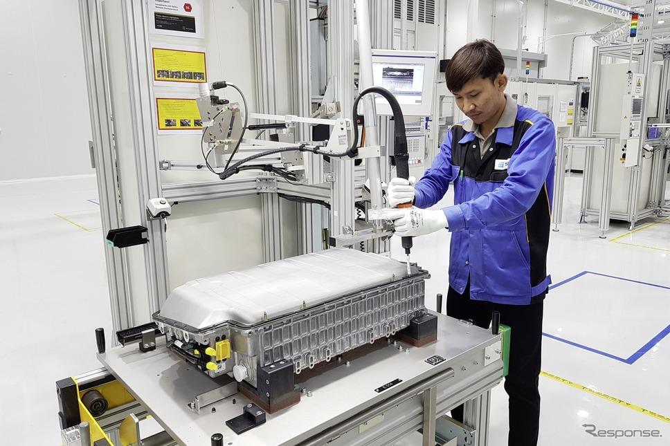 メルセデスベンツのタイ・バンコクの新バッテリー工場《photo by Mercedes-Benz》
