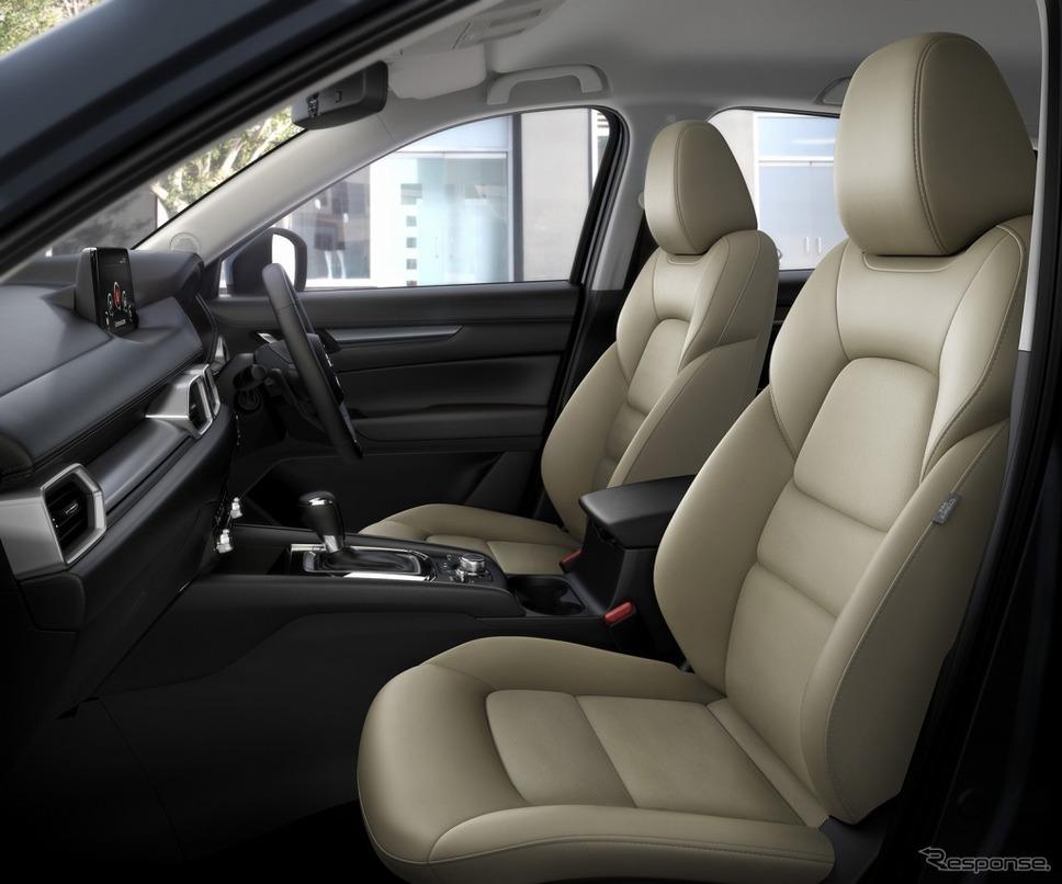 マツダ CX-5 特別仕様車シルク ベージュ セレクション《画像:マツダ》