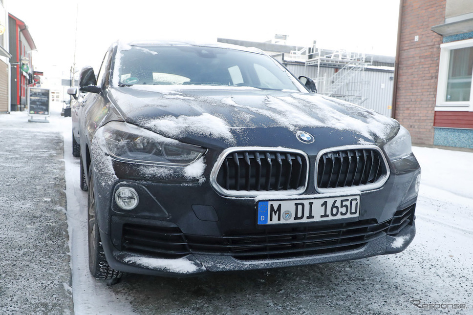 BMW iX2 スクープ写真《APOLLO NEWS SERVICE》