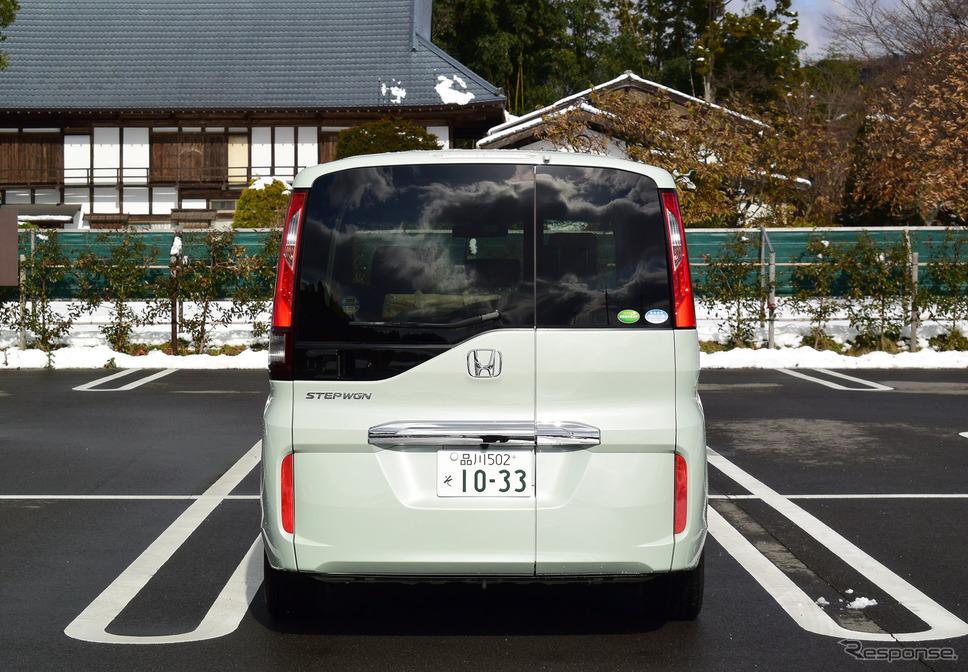 ホンダ ステップワゴン G・EX Honda SENSINGの後面。群馬・川場村にて。《撮影 井元康一郎》