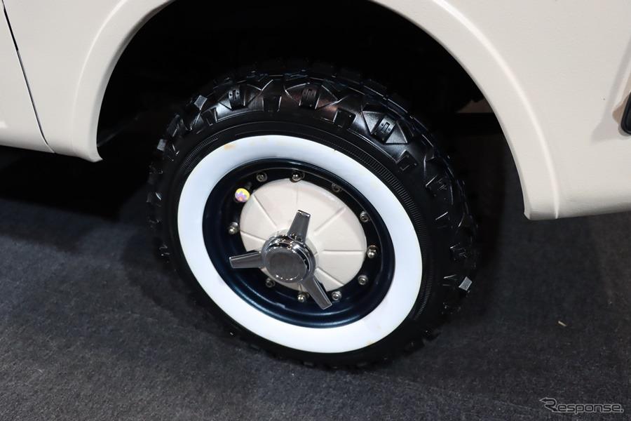 ホイール、タイヤもしっかりとこだわりを感じる。《撮影:中込健太郎》