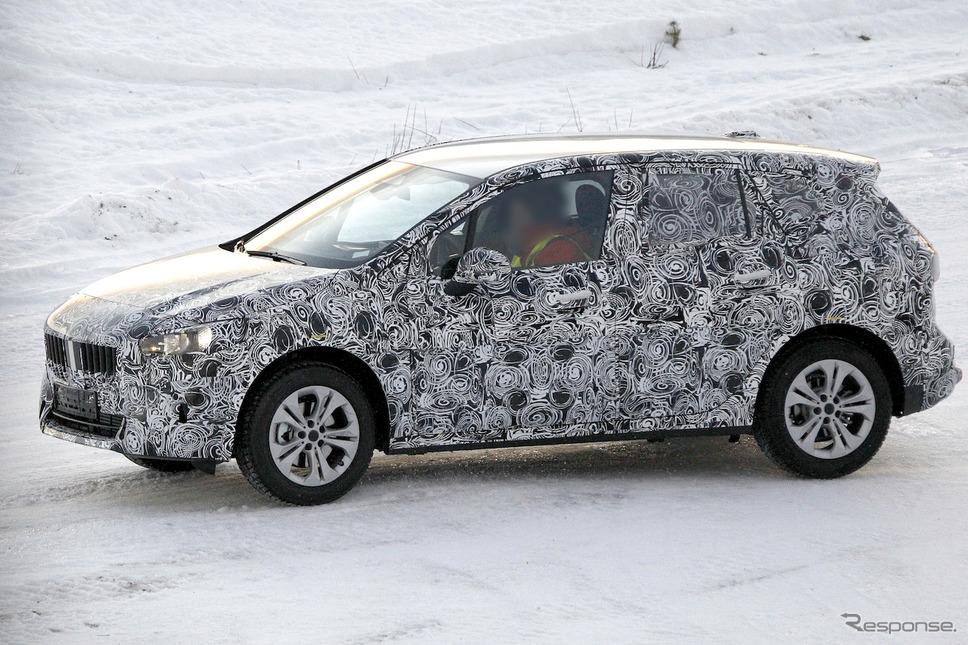 BMW 2シリーズ アクティブツアラー 次期型プロトタイプ(スクープ写真)《APOLLO NEWS SERVICE》