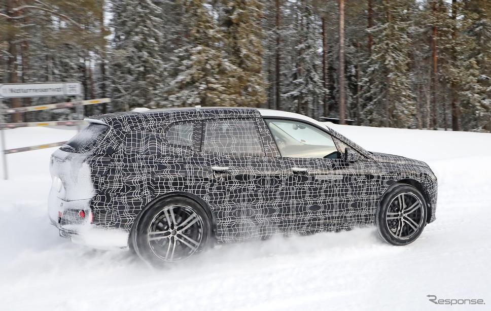 BMW iX5 開発車両 スクープ写真《APOLLO NEWS SERVICE》
