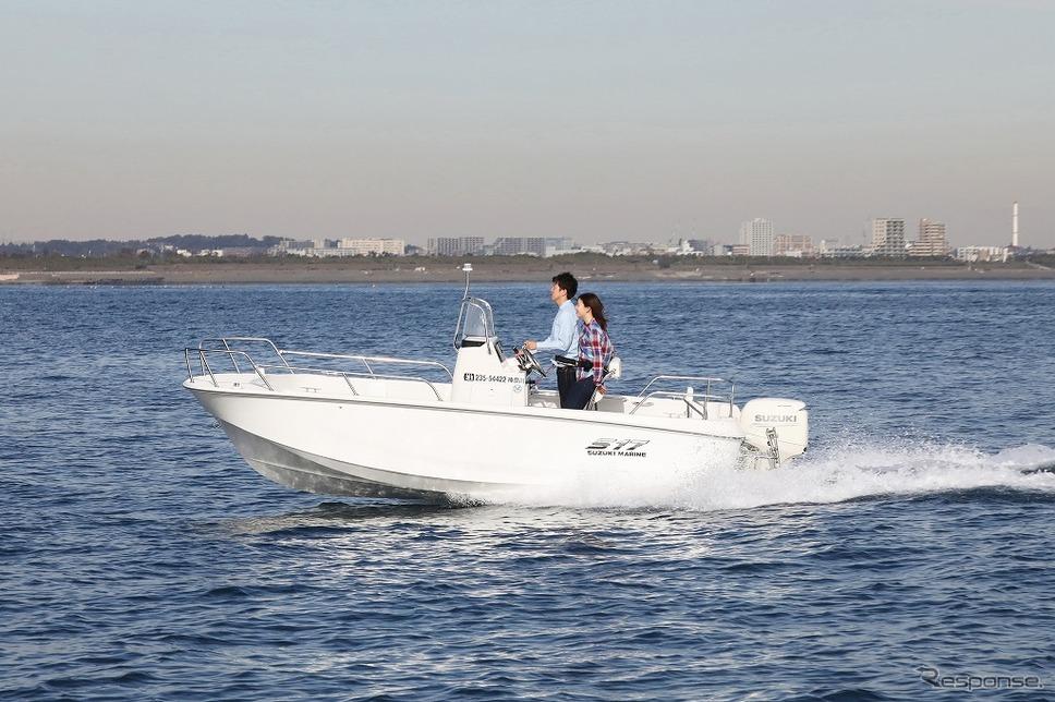 スズキマリンが販売する小型フィッシングボート「S17」《画像:スズキ》