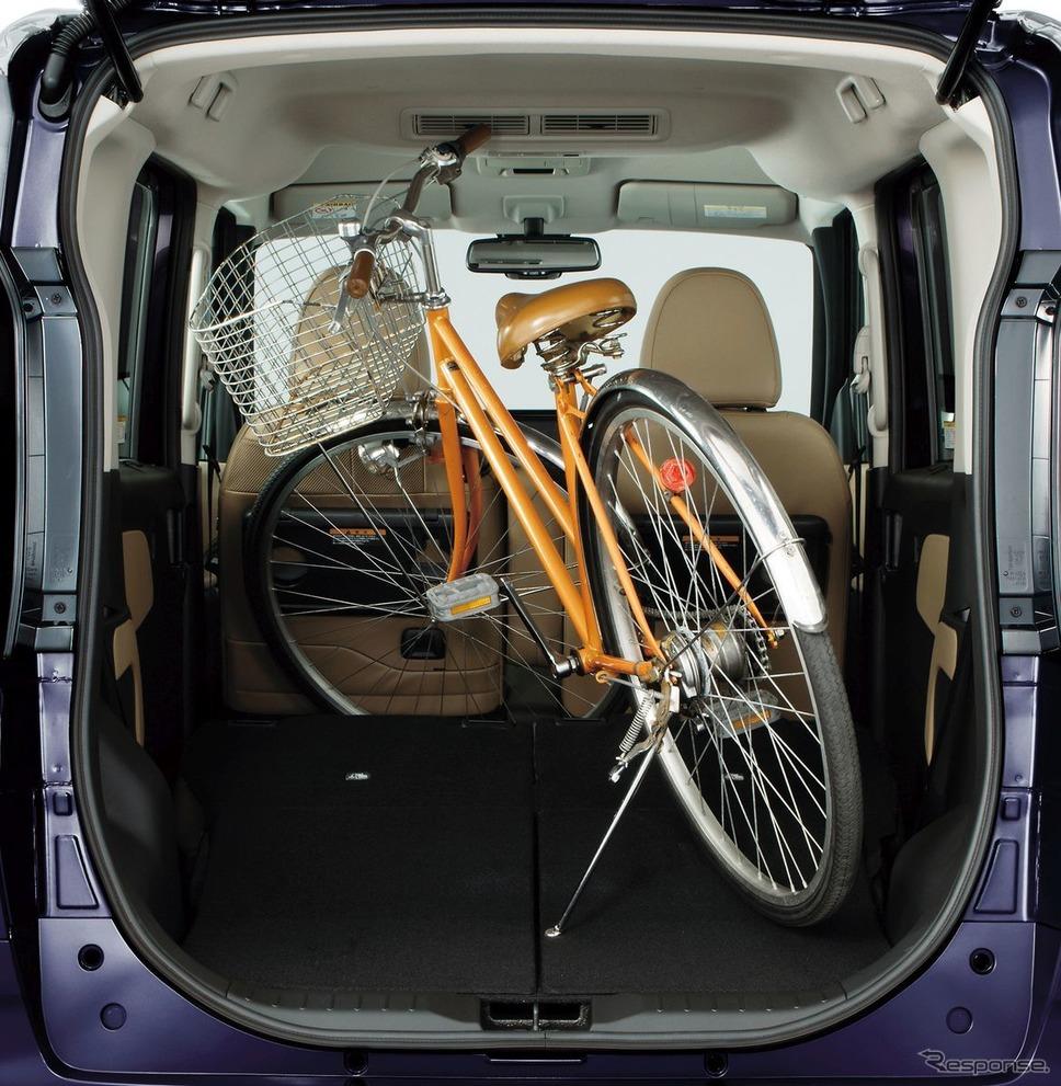 27インチ自転車がつめる《写真提供 日産広報》