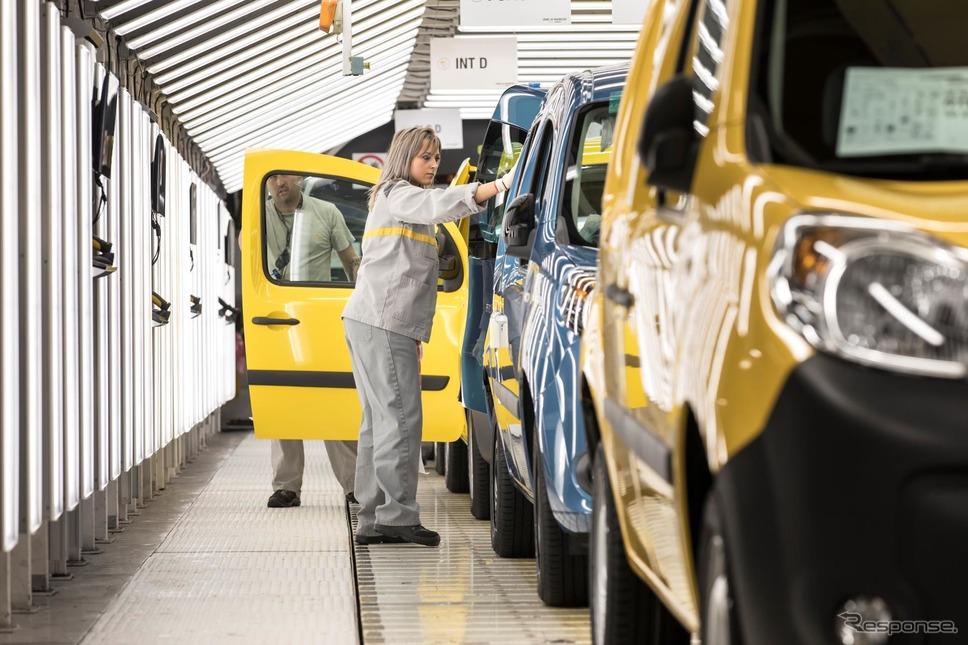 ルノーのフランス・モブージュ工場《photo by Renault》