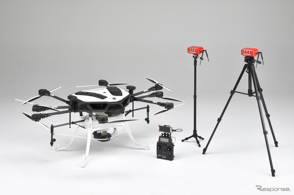 YMR-08AP本体と自動散布を可能とする機材構成《画像:ヤマハ発動機》
