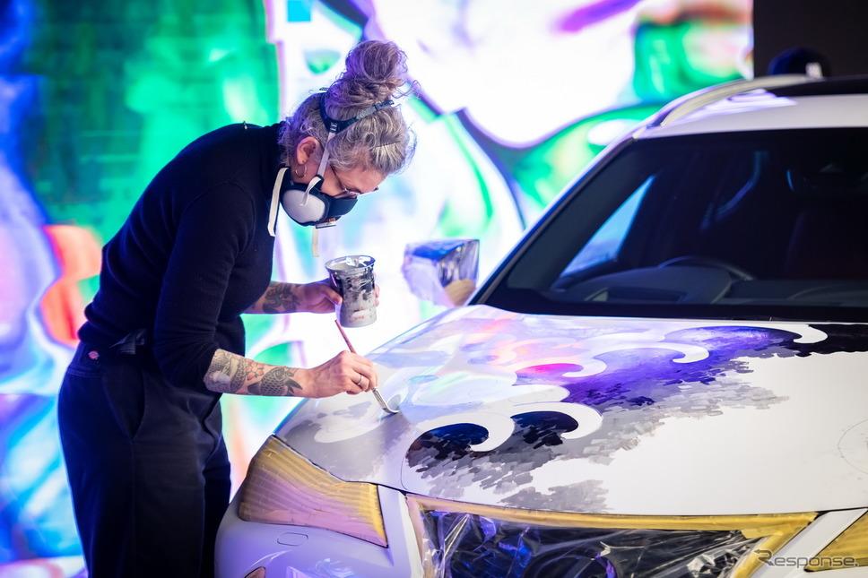 レクサス UX のタトゥーカー《photo by Lexus》