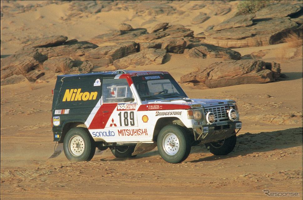1985年 パリダカールラリーで総合優勝したパジェロ《三菱自動車》