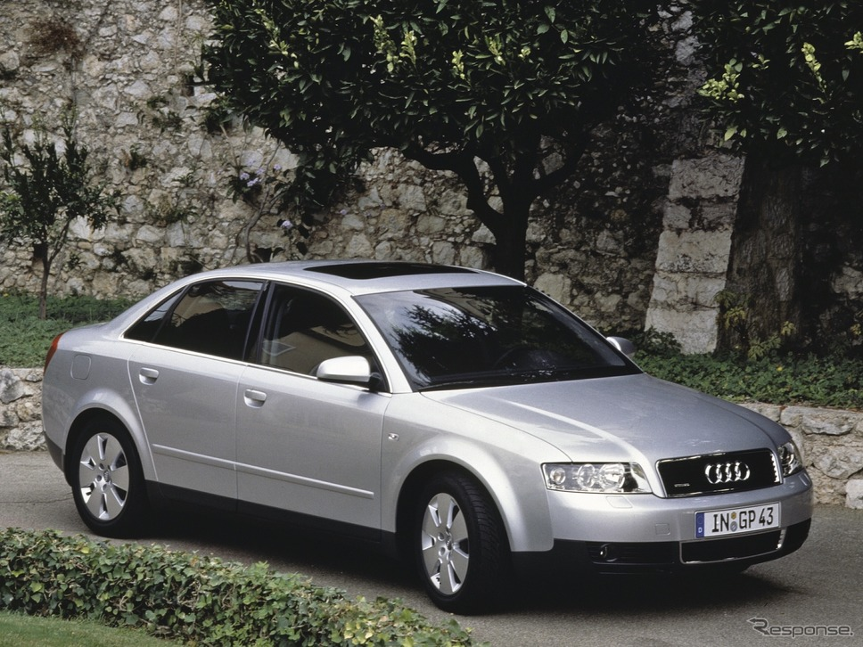 A4クワトロ(2001年)《photo by Audi》