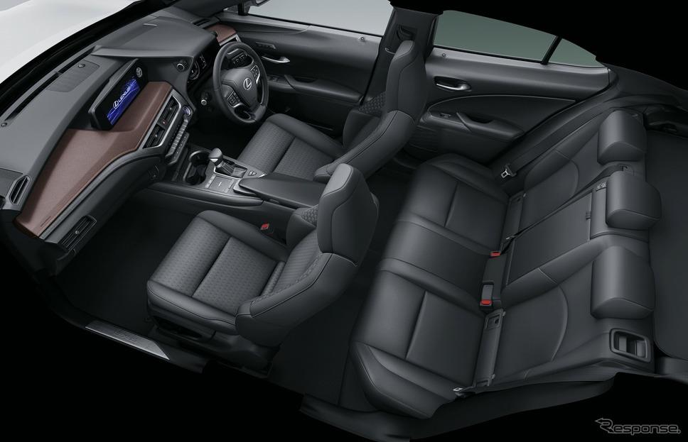 特別仕様車専用内装色(ノーブルブラウン&ブラック)《画像:トヨタ自動車》