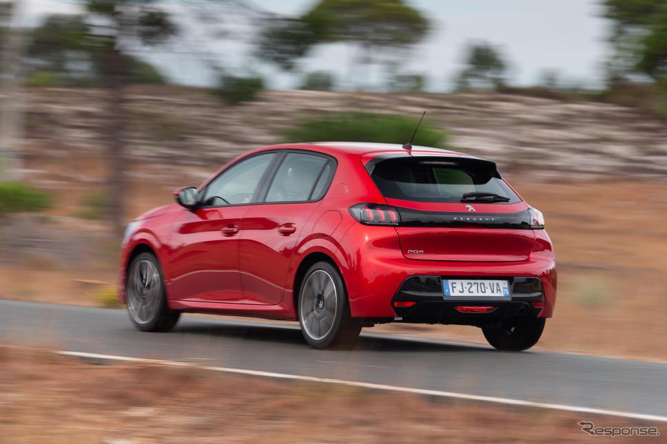 プジョー208《photo by Peugeot》