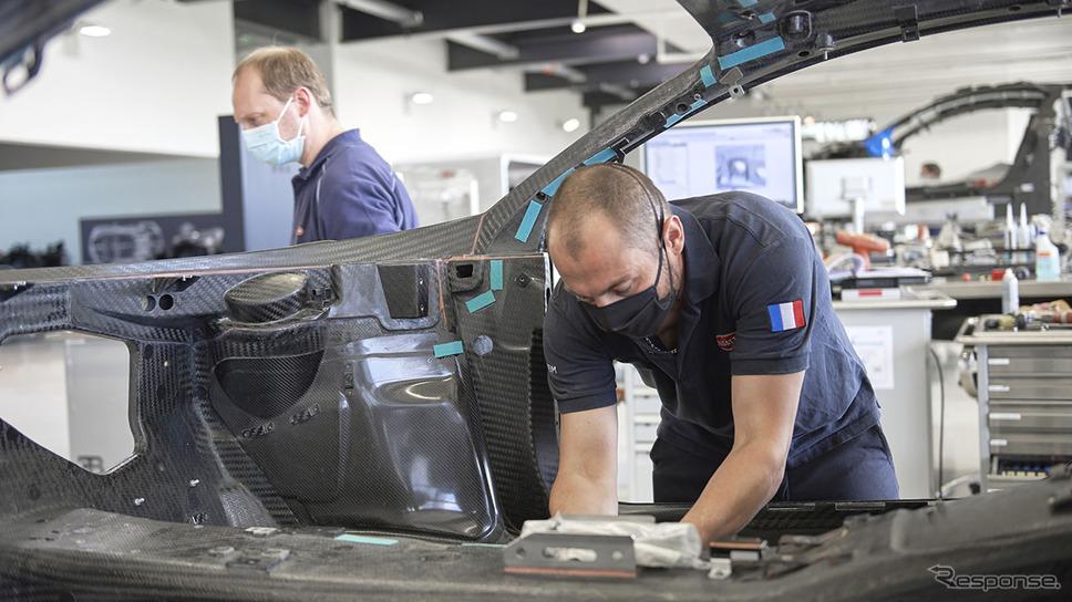 生産を再開したブガッティ《photo by Bugatti》