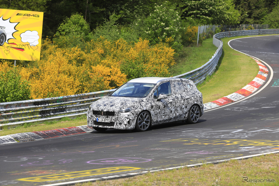 BMW 2シリーズ アクティブツアラー 新型プロトタイプ(スクープ写真)《APOLLO NEWS SERVICE》