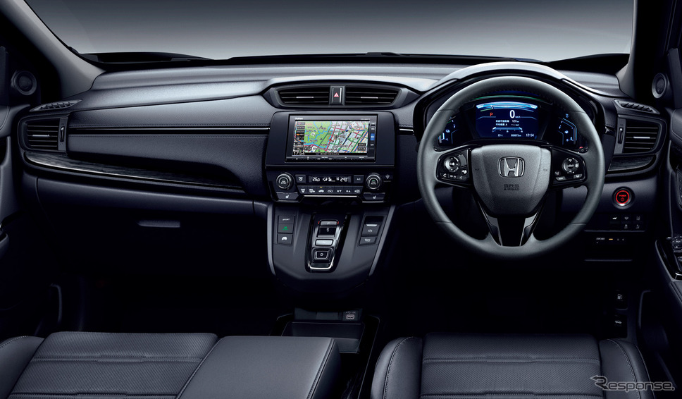 ホンダ CR-V ブラックエディション 木目調パネルをブラックに変更《画像:本田技研工業》