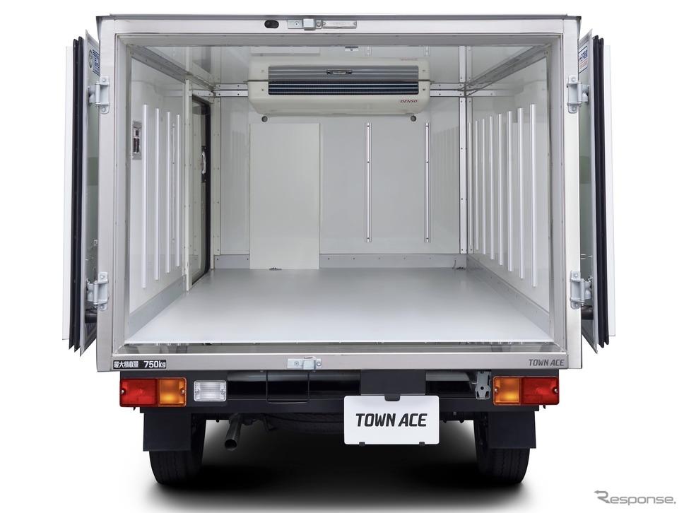 トヨタ・タウンエースTECS中温冷凍車、オプション装着車《写真提供 トヨタ自動車》