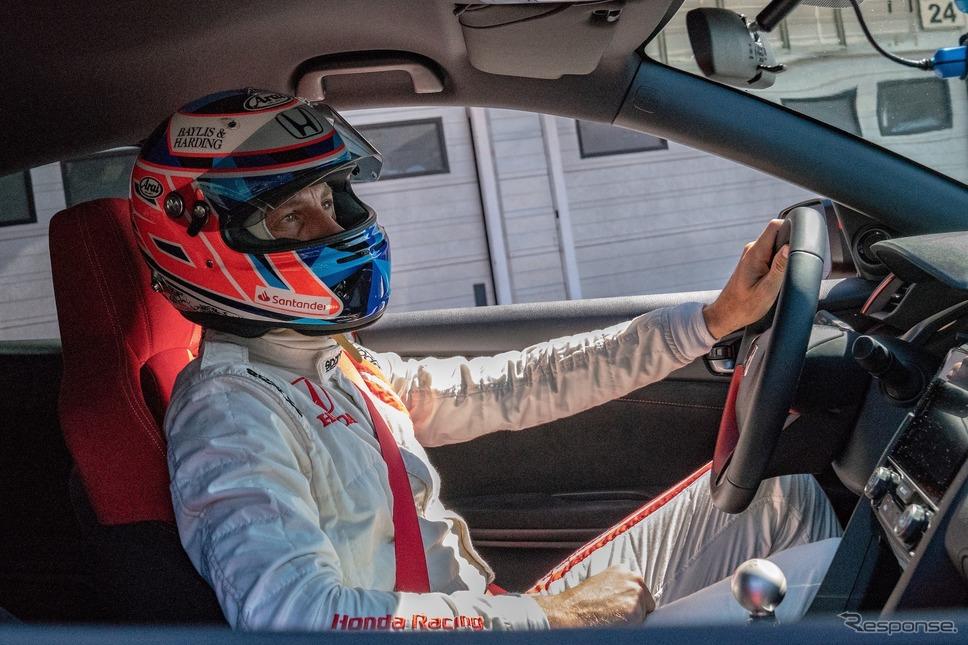 タイプRチャレンジ2018(8月、ハンガロリンク、ジェンソン・バトン)《photo by Honda》