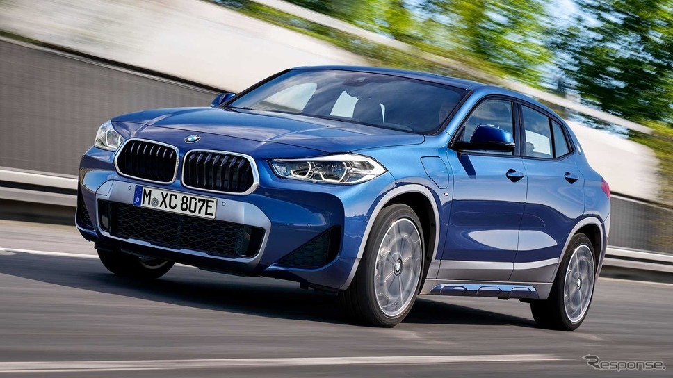 BMW X2 のPHV「X2 xDrive25e」《photo by BMW》