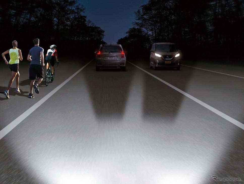 日産ルークス新型。「アダプティブLEDヘッドライトシステム(AHS)では先行車や対向車を遮蔽しつつ、その周辺はハイビームで照射する