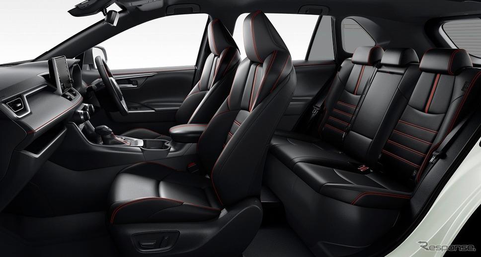 トヨタ RAV4 PHV ブラックトーン《画像:トヨタ自動車》