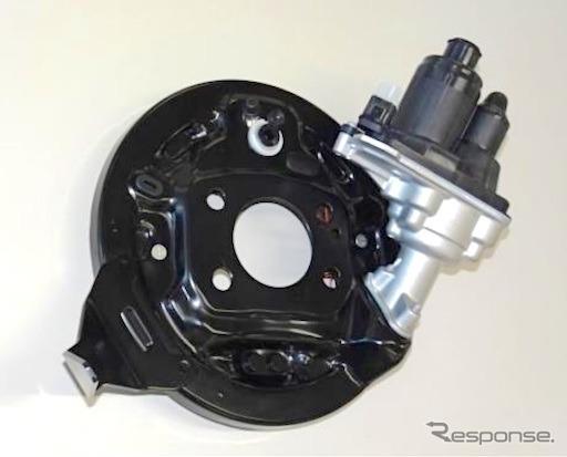 タフトに採用された電動パーキングブレーキ機構付きドラムブレーキ《写真提供 アドヴィックス》