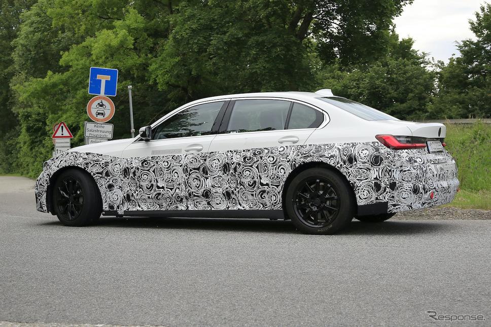 BMW 3シリーズ のEV版、市販型プロトタイプ(スクープ写真)《APOLLO NEWS SERVICE》