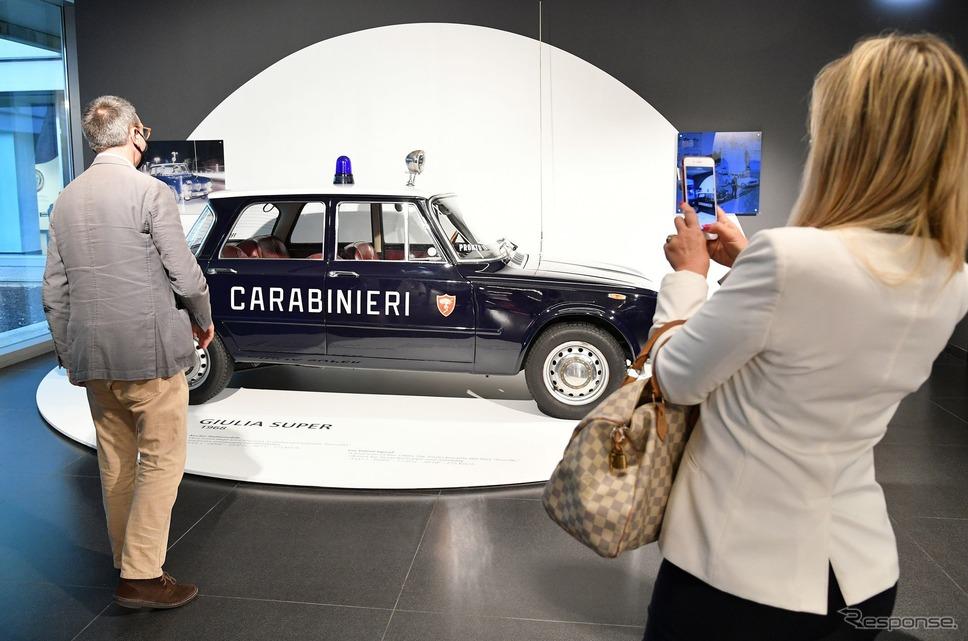 「制服を着たアルファロメオ」展のイタリア国家憲兵「カラビニエリ」向け歴代車両《photo by Alfaromeo》