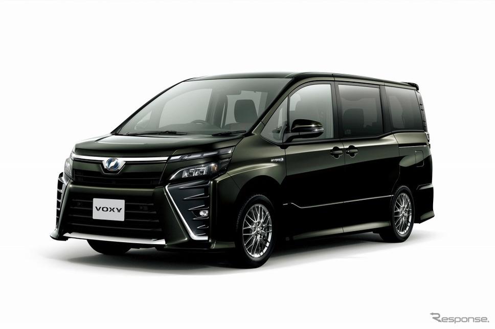 トヨタ ヴォクシー ZS(イナズマスパーキングブラックガラスフレーク)