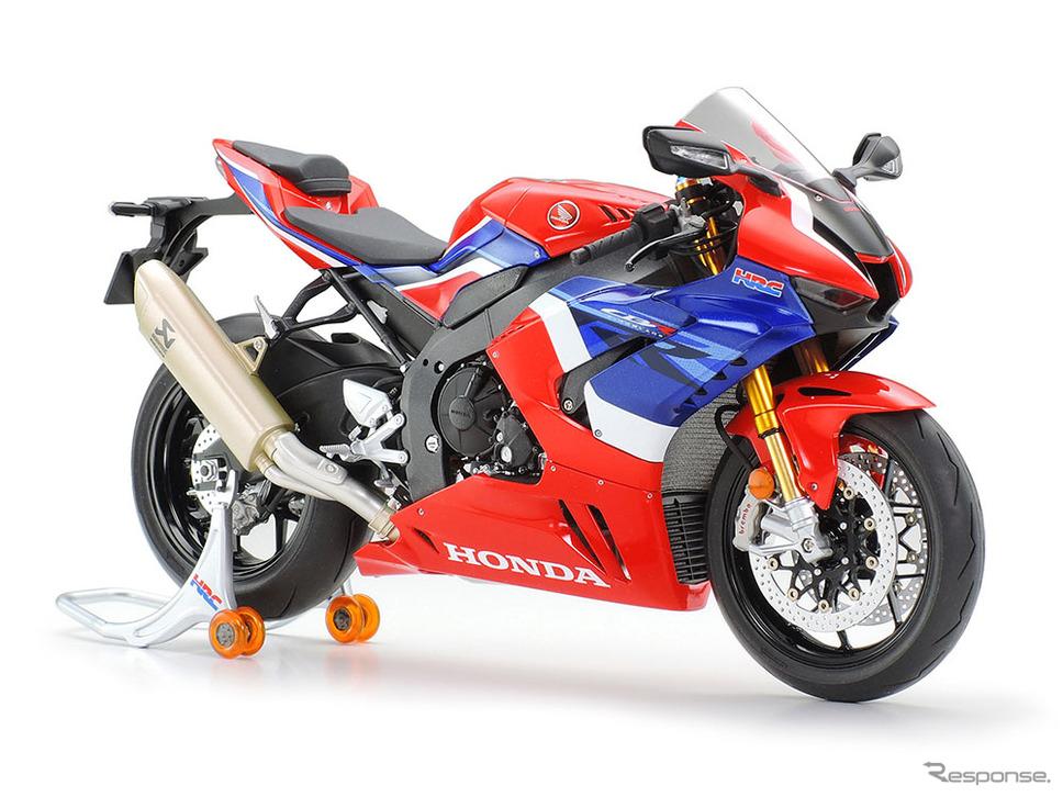 ホンダ CBR1000RR-R FIREBLADE SP 1/12スケールモデル※画像は1/12 Honda CBR1000RR-R フロントフォークセット(別売)装着例《写真提供 タミヤ》