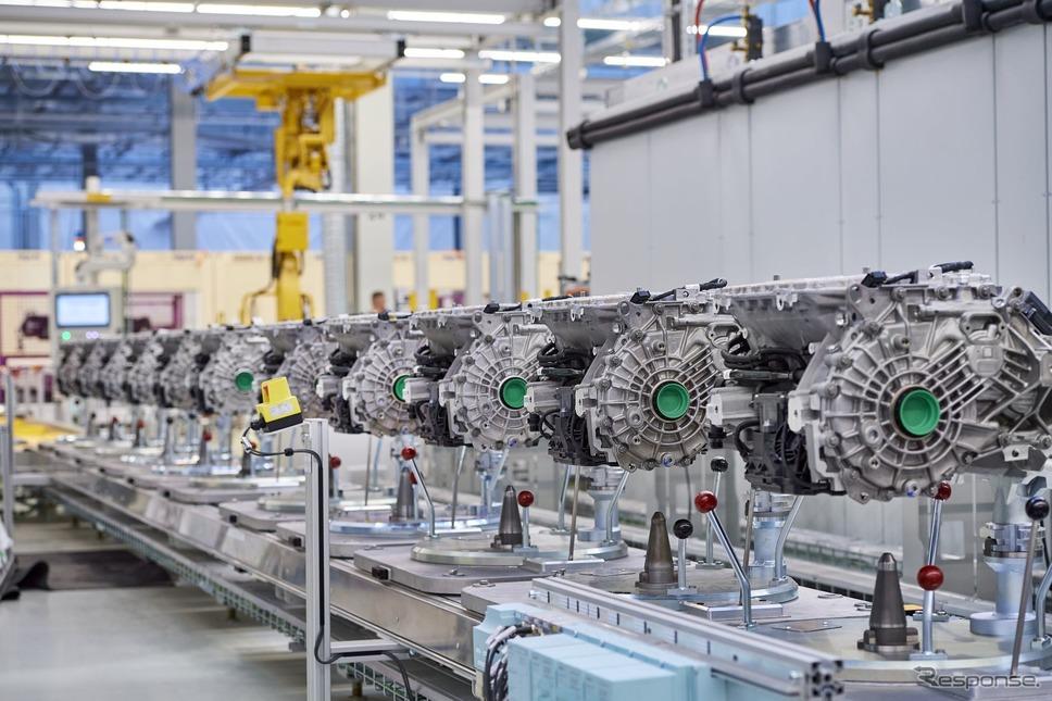 BMWグループが電動パワートレインの生産を行う新たなコンピテンスセンター《photo by BMW》