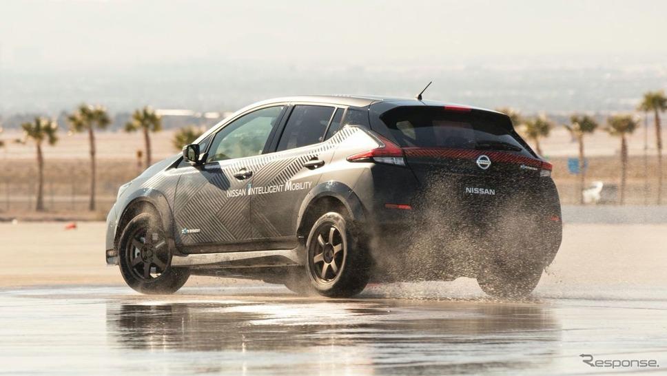 日産の新世代電動4WD「e-4ORCE」のテスト車両(リーフがベース)《photo by Nissan》
