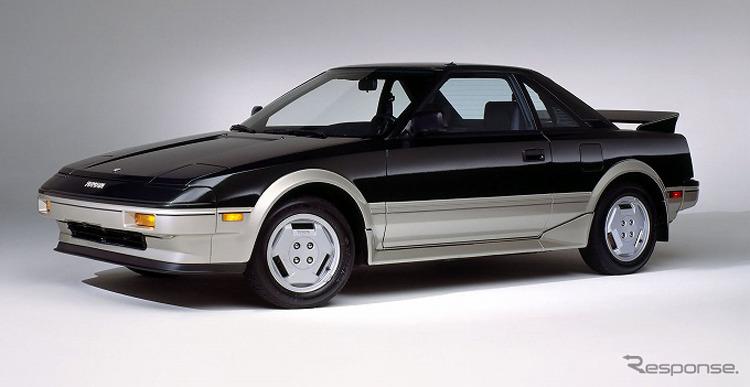 トヨタ 初代 MR2《写真提供 トヨタ自動車》