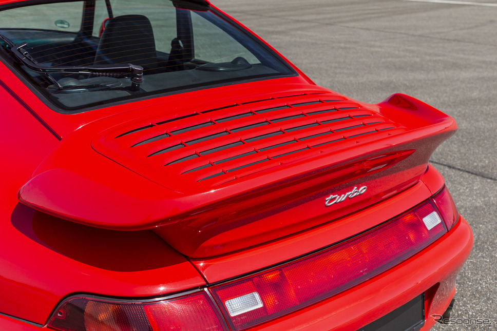 ポルシェ911(993)ターボ《photo by Porsche》